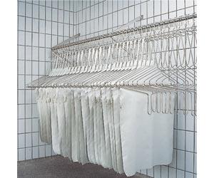 Stoccaggio grembiuli lavati